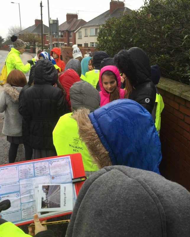 Children using the Healthy Places, Healthy Children resource to explore their local neighbourhood